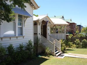 Minto Guest House - Tourism Gold Coast